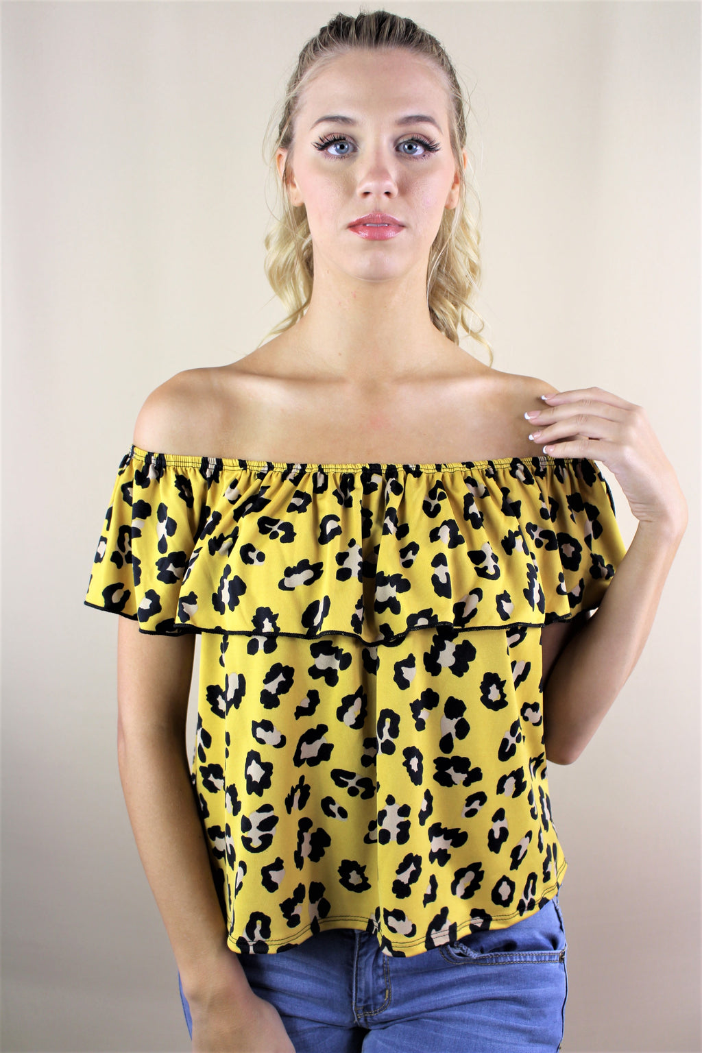 Women's Off-Shoulder Cheetah Print Top