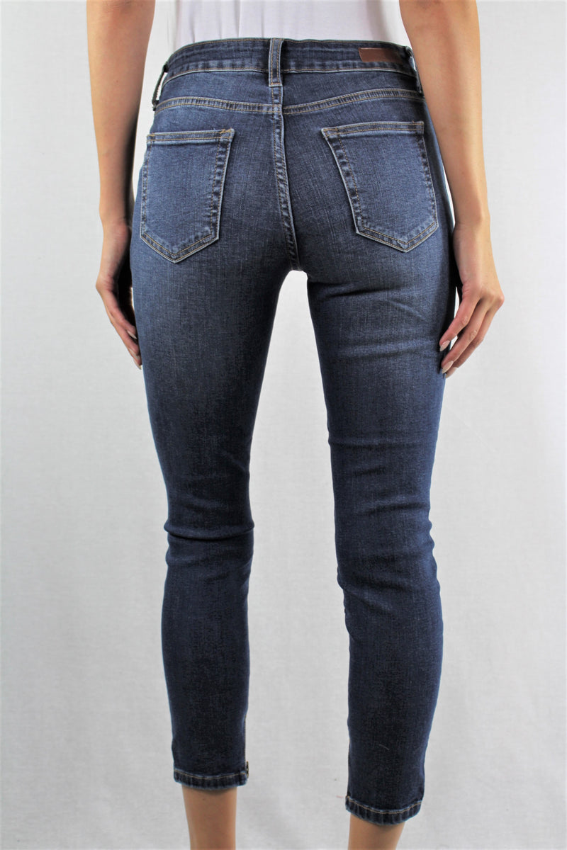 Medium Wash Knee Ripped Jeans