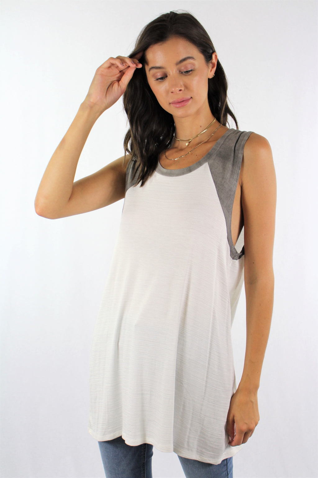 Sleeveless Dual Color Relaxed Fit Top