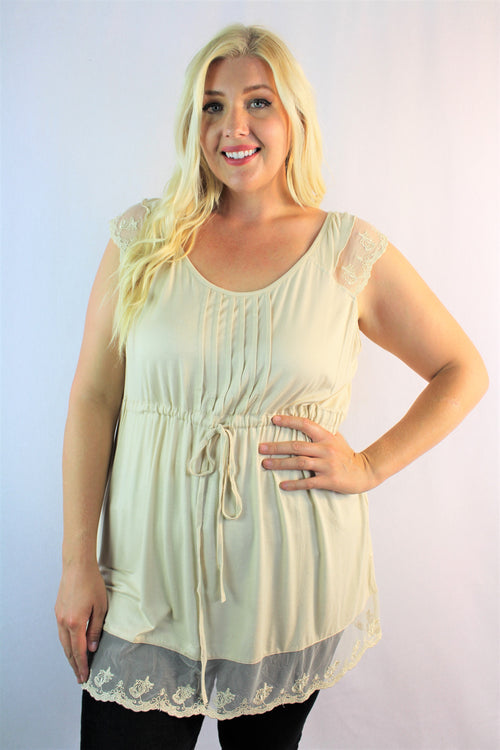 Women's Plus Size Sleeveless Top with Lace Hem