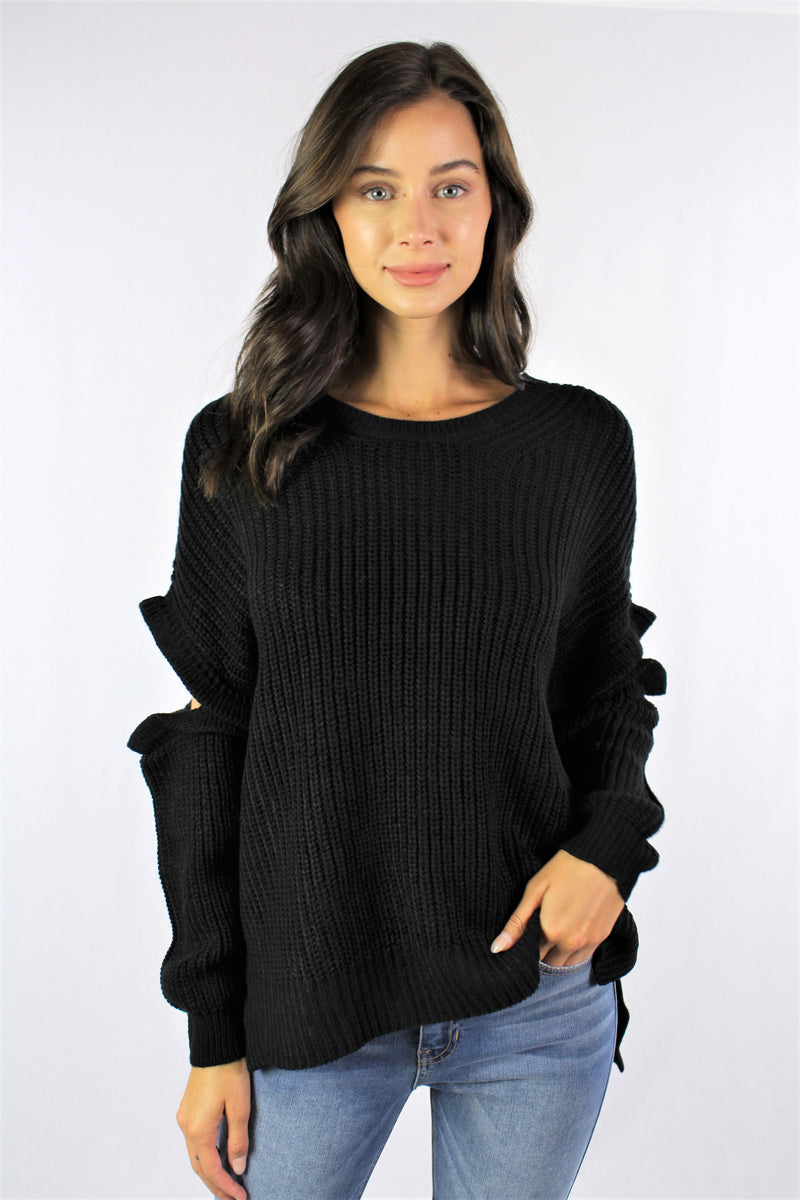 Women's Knitted Sweater With Ruffled Sleeve