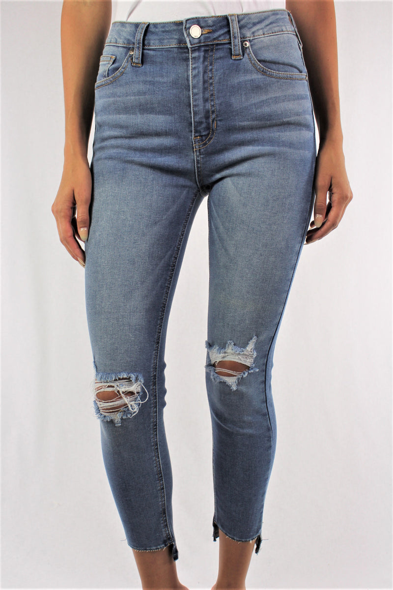 Medium Wash Knee Ripped Jeans with Front Seam Detail