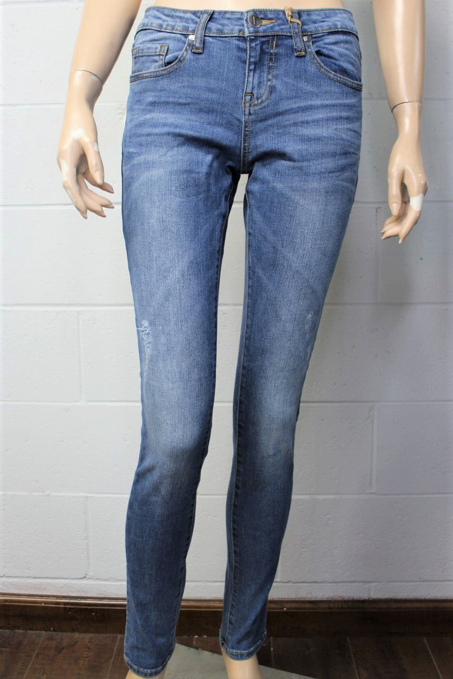 Women's Medium Wash Distressed Skinny Jeans