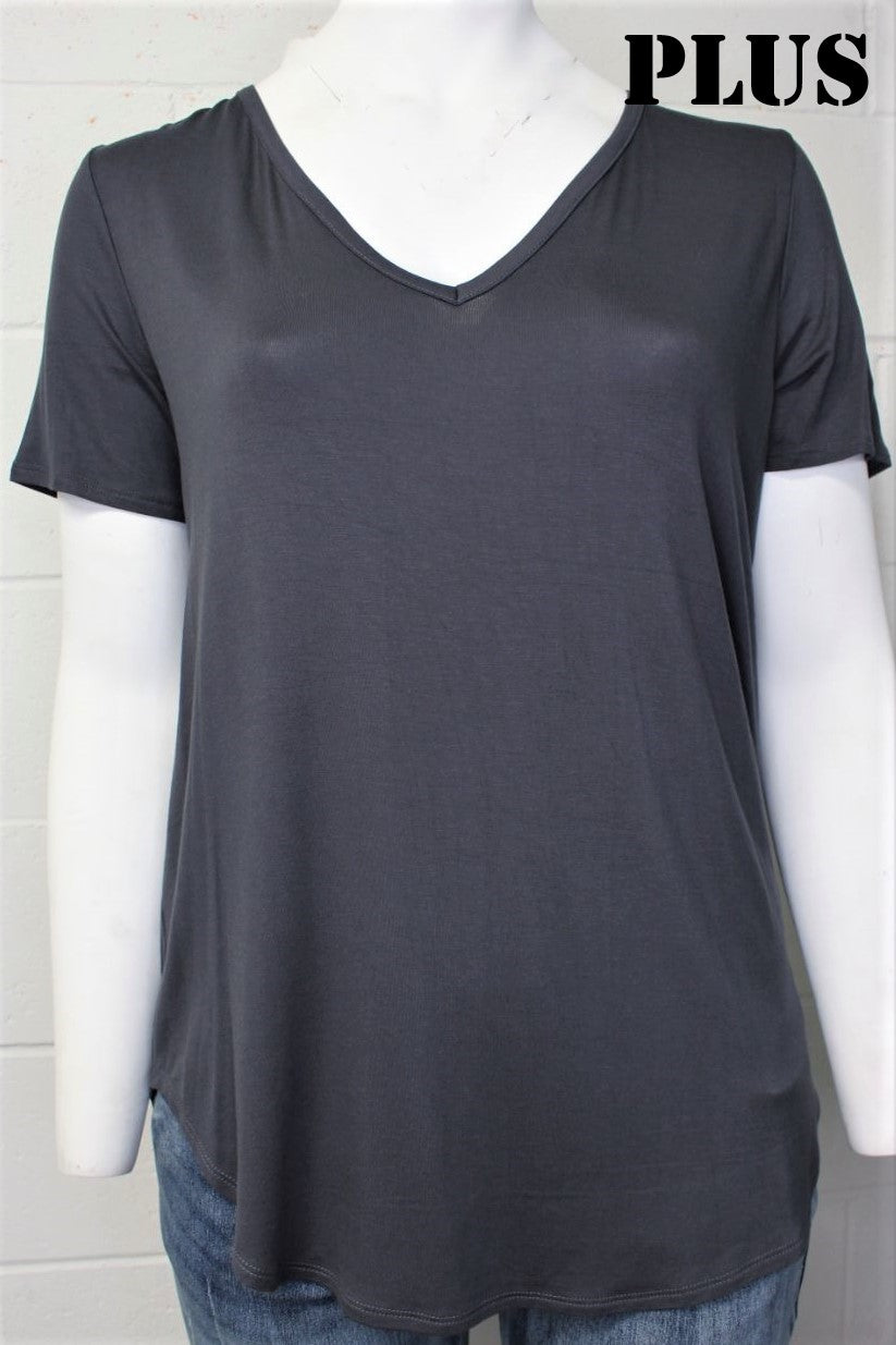 Women's Plus Short Sleeve V Neck Relaxed Fit Basic Top