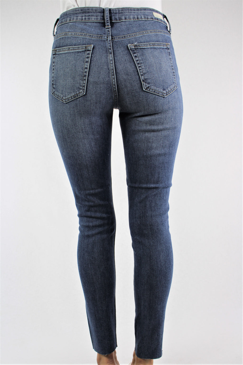 Women's Medium Wash Skinny Jeans with Ripped Detail