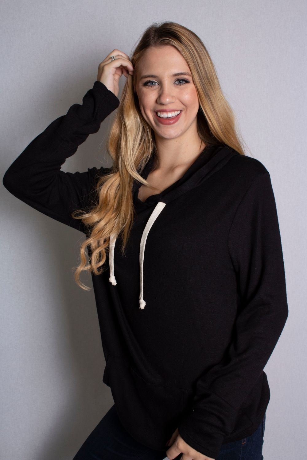 Women's Long Sleeve Comfy Hoodie with Front Pocket