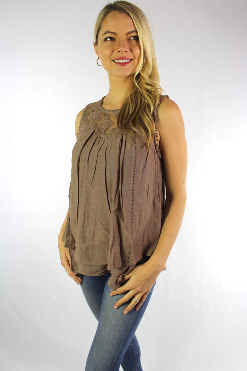 Women's Sleeveless Top with Lace Detail (Petite)