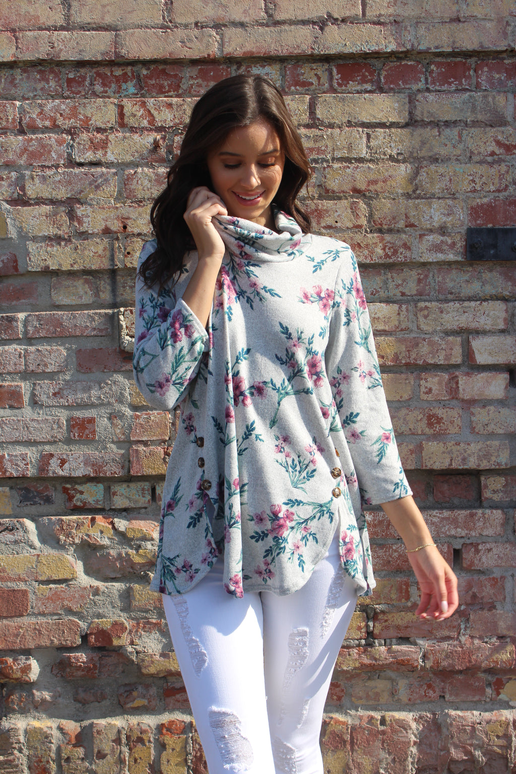 Women's 3/4th Sleeve Floral Cowl Neck Top