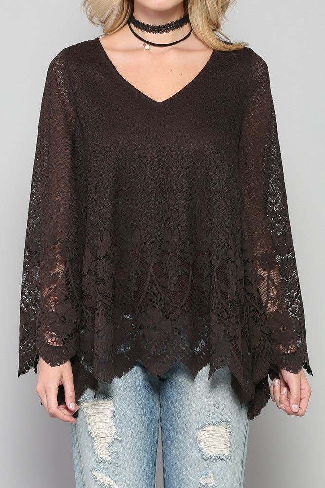 Lace scallop 3/4 sleeve top