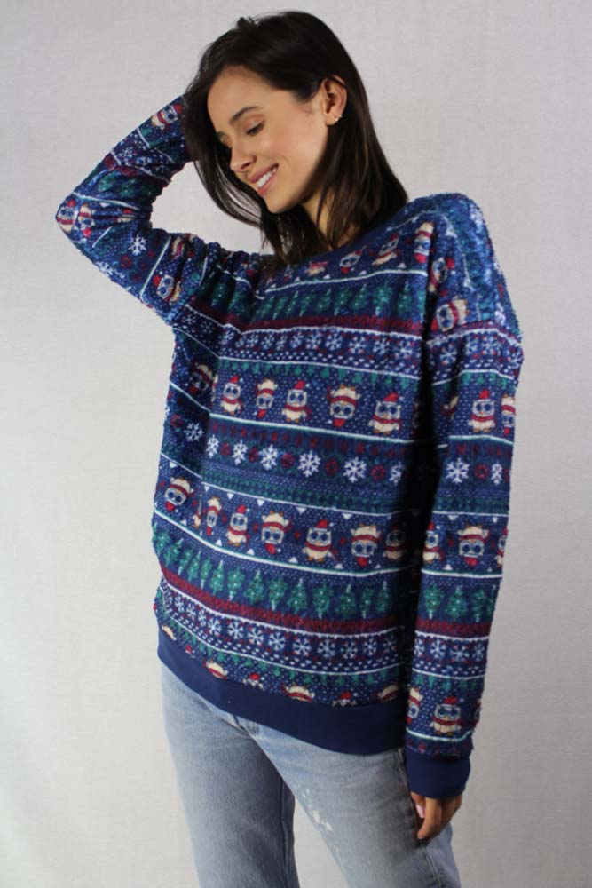 long sleeve holiday knit crew neck sweater