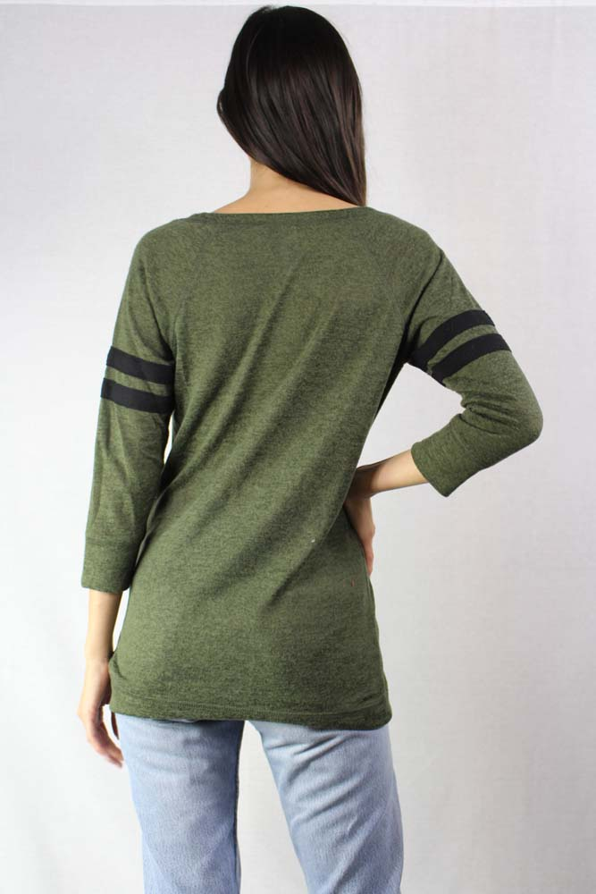 long sleeve light weight knit crew neck top