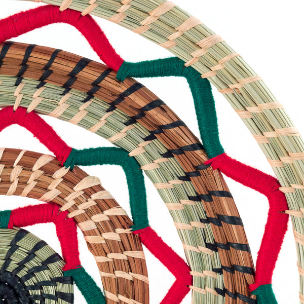 Juana handwoven pajon Christmas basket, detail view