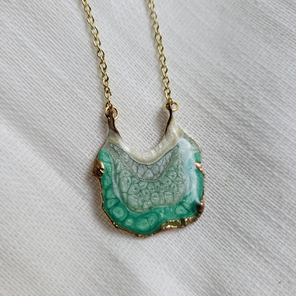 SALE- Reticulated Necklace- Emerald/Mint