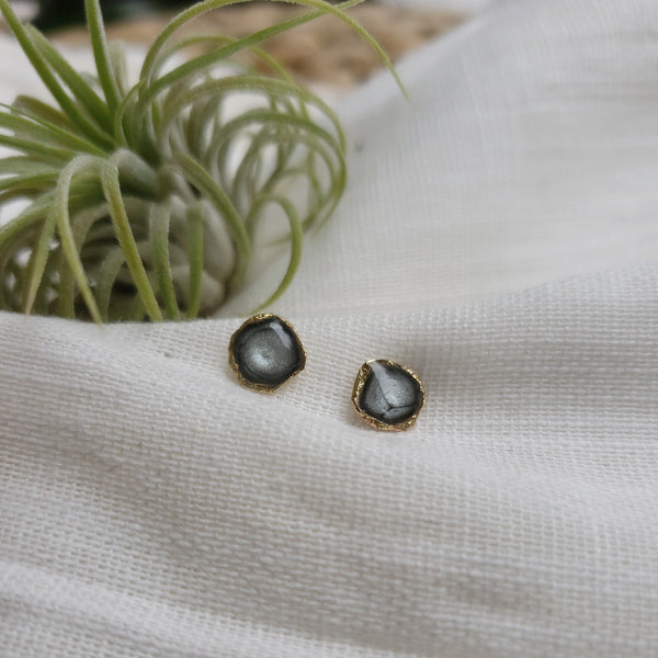 Reticulated Enamel Studs - Moonstone