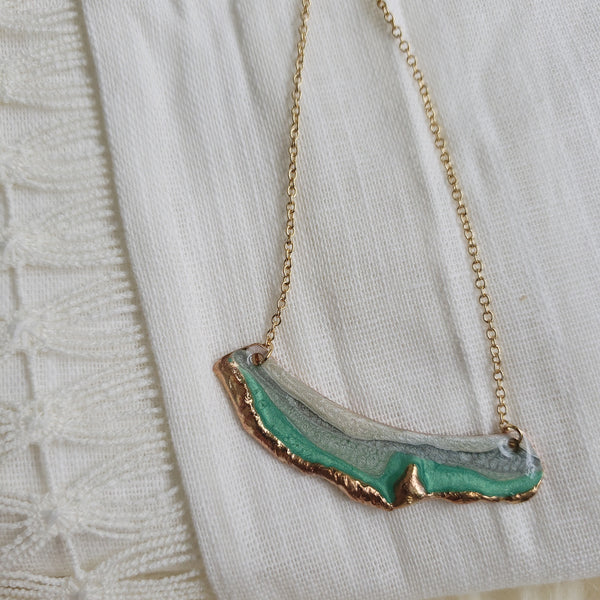 SALE Reticulated Fan Necklace - Emerald/Mint