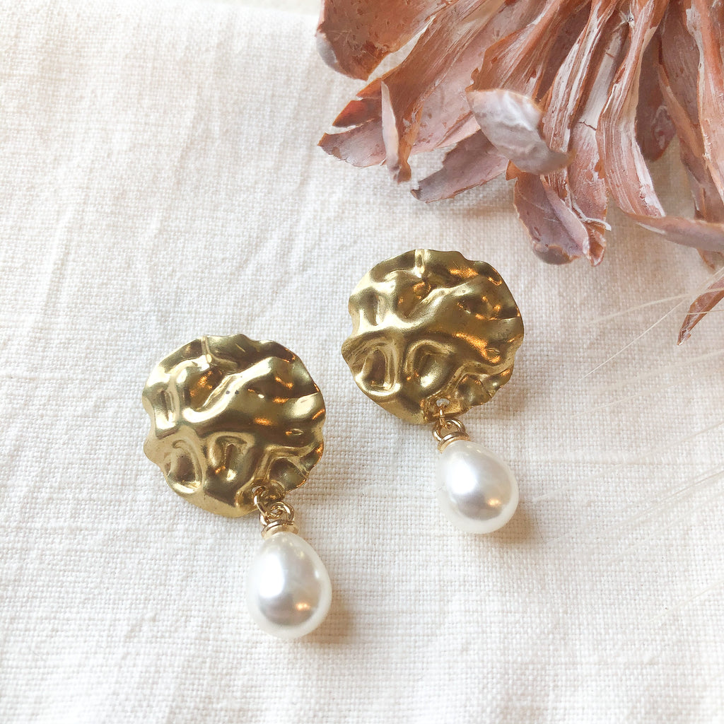 Wavy Disc Studs with Pearl Drop