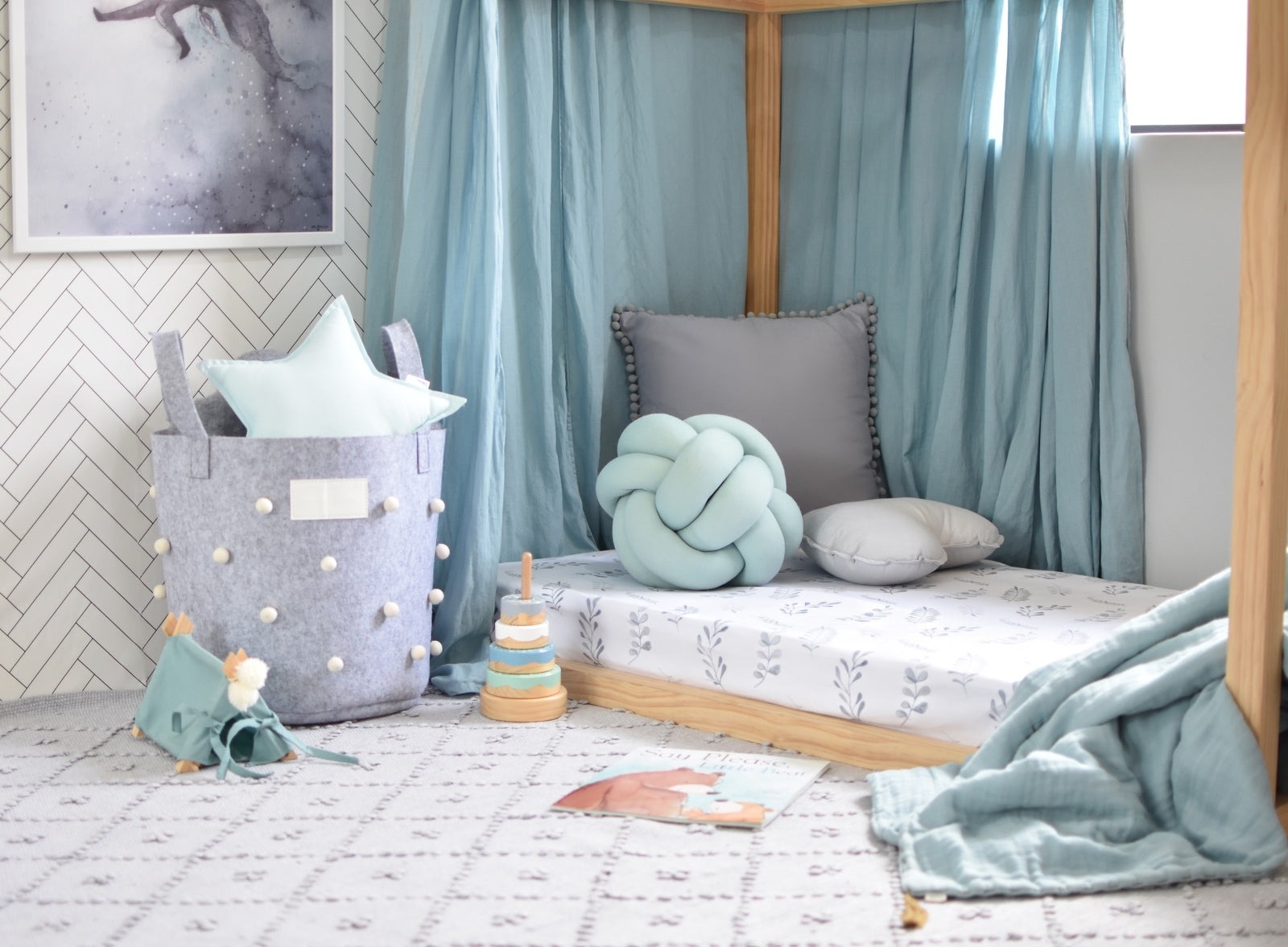 Snuggle Fitted Cot Sheet - Wild Fern - Angus & Dudley Collections