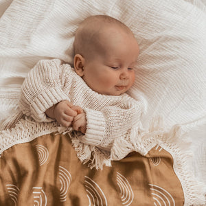 Ziggy Lou Rainbow Swaddle/Natural Fringe