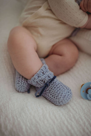 Baby Wool Bonnet & Booties Set - Blue - Angus & Dudley Collections