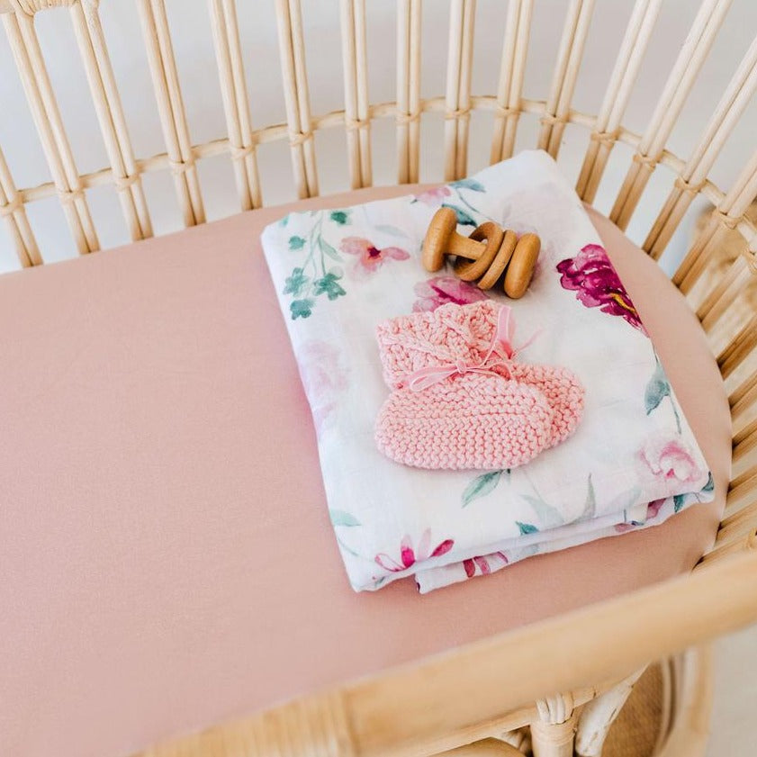 Snuggle Fitted Bassinet & Change Pad Cover - Lullaby Pink - Angus & Dudley Collections