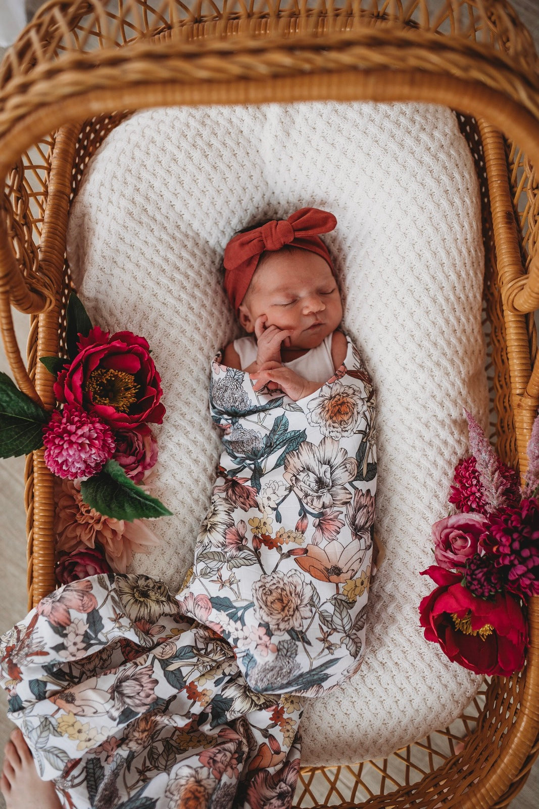 Snuggle Organic Cotton Muslin Wrap - Australiana - Angus & Dudley Collections