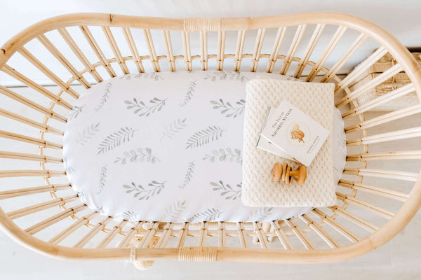 Snuggle Fitted Bassinet & Change Pad Cover - Wild Fern