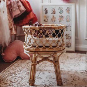 Tiny Harlow Doll's Rattan Bassinet. Toy Cot.