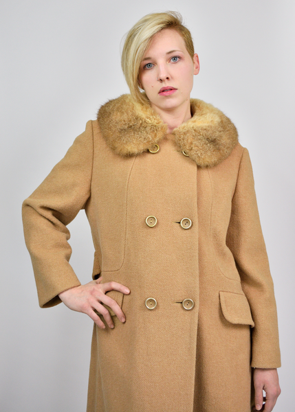 Vintage 50s Wool Coat | 1950s Shearling Fur Collar Camel Coat | Womens Size Medium Large M/L/XL | Red Plume Vintage Clothing