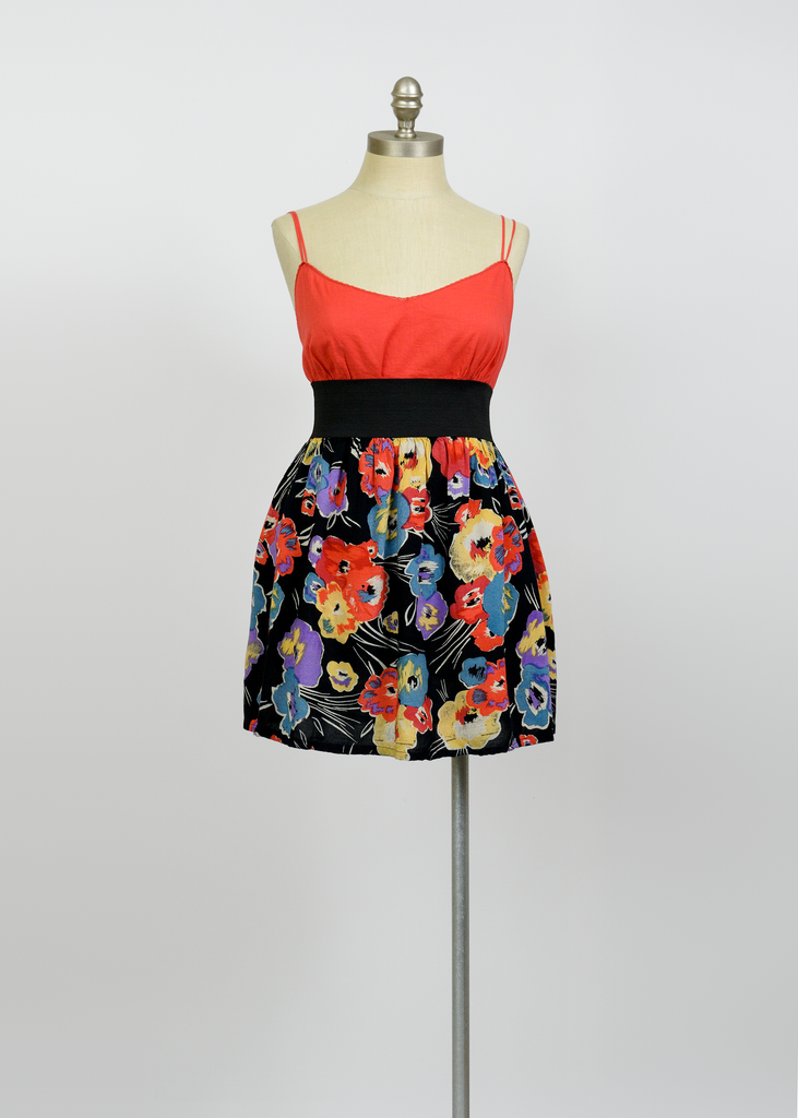 Vintage 80s Mini Skirt | 1980s High Waist Short Black Floral Print Skirt (S/M)