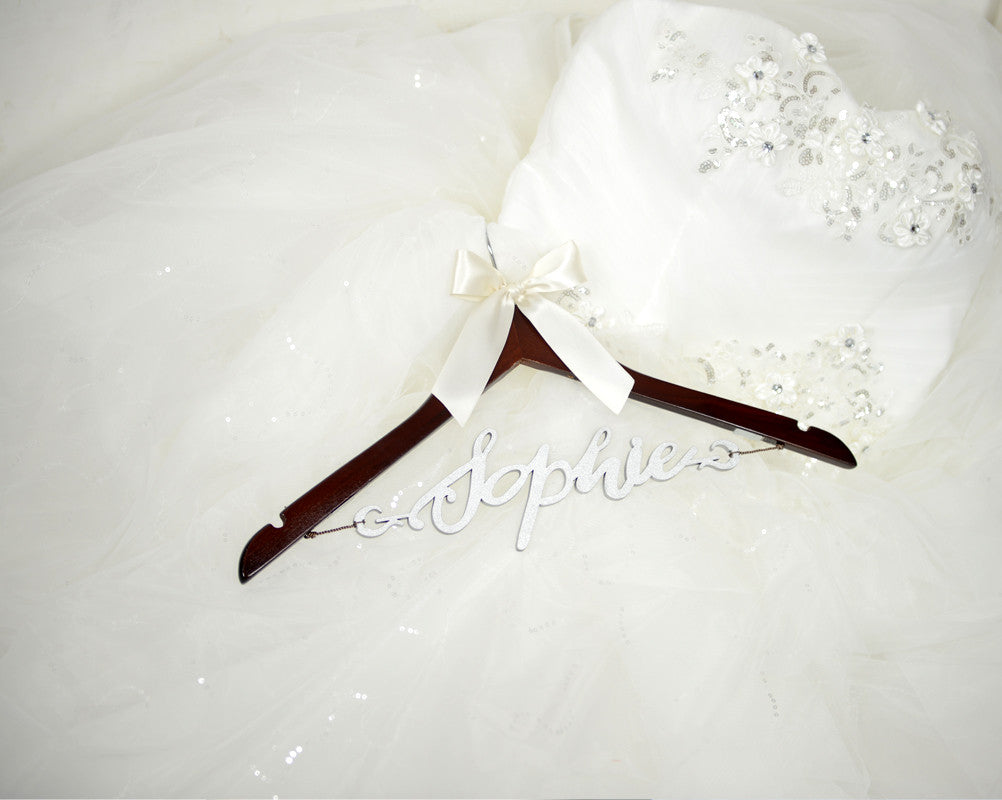 bridesmaid wedding hanger with wood name