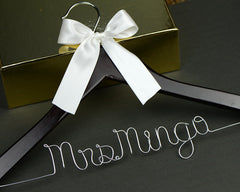 Personalized Wedding Hanger, Custom Bridal Bridesmaid Wire Name Hanger, Wedding Shower Gift