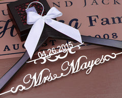 Personalized Wedding dress Hanger, Deluxe Custom Bridal Hanger, Bride Name Hanger, Bridesmaid Hanger, wedding gift EL002