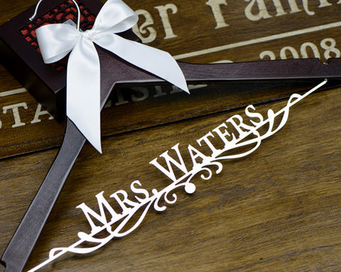 Personalized Wedding Dress Hanger, Deluxe Custom Bridal Hanger, Bride Name Hanger, Bridesmaid Hanger, Wedding Gift EL009