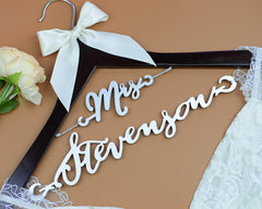 Personalized Wedding Hanger with Wedding Date Engraved on Top, Rustic Custom Wood Bridal Last Name Hanger, Bridal Shower Gift EL010