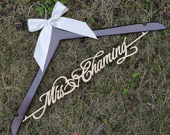 Personalized Rustic Wedding Dress Hanger, New-tech Bride Bridesmaid Wood Name Hanger, Custom Wedding Bridal Hanger,Bridal Shower Gift LL006