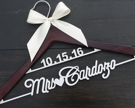 bridenew wedding hanger LL028