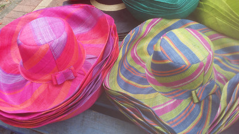 Medium striped brim ladies sun hat