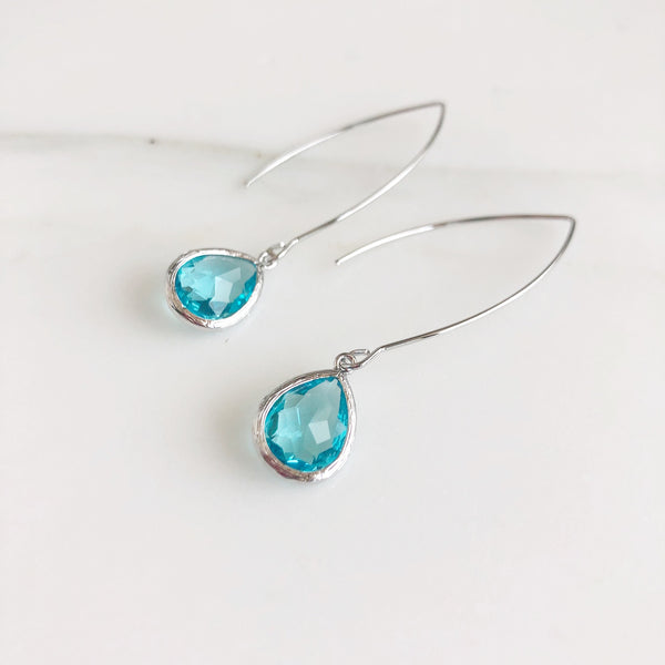 Exquisite Silver Teardrop Earrings in Aqua