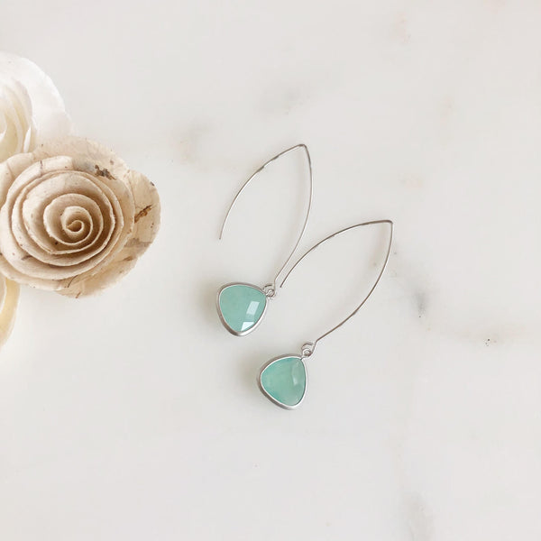 Exquisite Silver Teardrop Earrings in Soft Mint