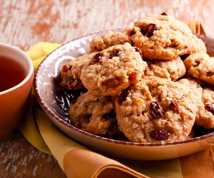 Oats & Raisin Cookies