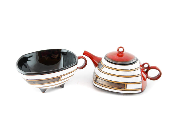 Tea for one teapot and cup set