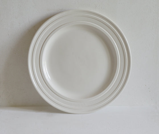 Impressed line handmade tableware