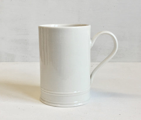 Hand thrown Classical Mug in porcelain