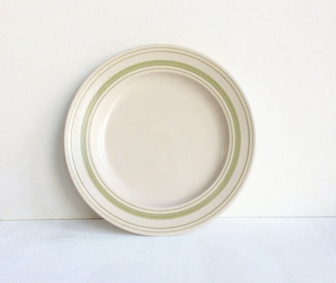 Classic stoneware tableware with Clover Green linen stripe: dinner plate, 28cm