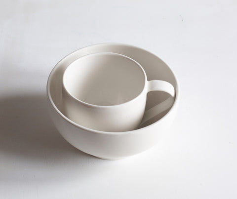Porcelain Simple Mug and Bowl nesting