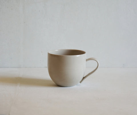 Handmade Stoneware Simple Mug