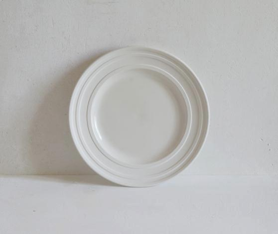 Classical Porcelain, Impressed Line Handmade Tableware