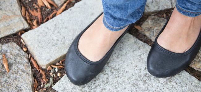 Black Ballet Flats & Ballerina Shoes