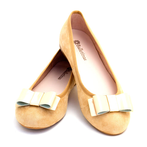 Beige Flat Shoes by Balletinas