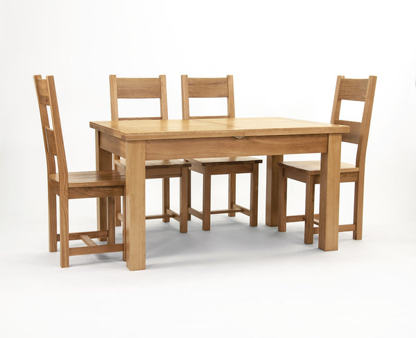 Centrally Extending Table Oak